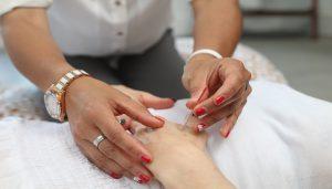 hand and needle massage